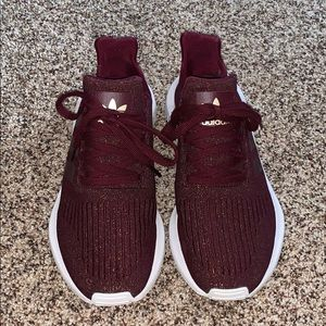 maroon glitter adidas swift run